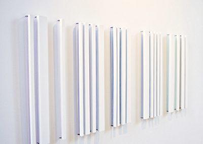 """Opale, 2016, bois, fil, peinture acrylique, clous, 32""""x80"""""""