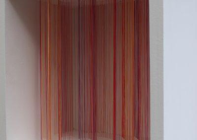 """Mémoires d'Antilope Canyon, 2019, fil, bois, peinture acrylique, 10"""" x 10"""" x 7"""""""